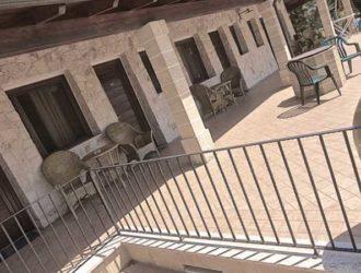camera-superior-salento-hotel-masseria-stanze-e-giardino-11-1140x450[1]